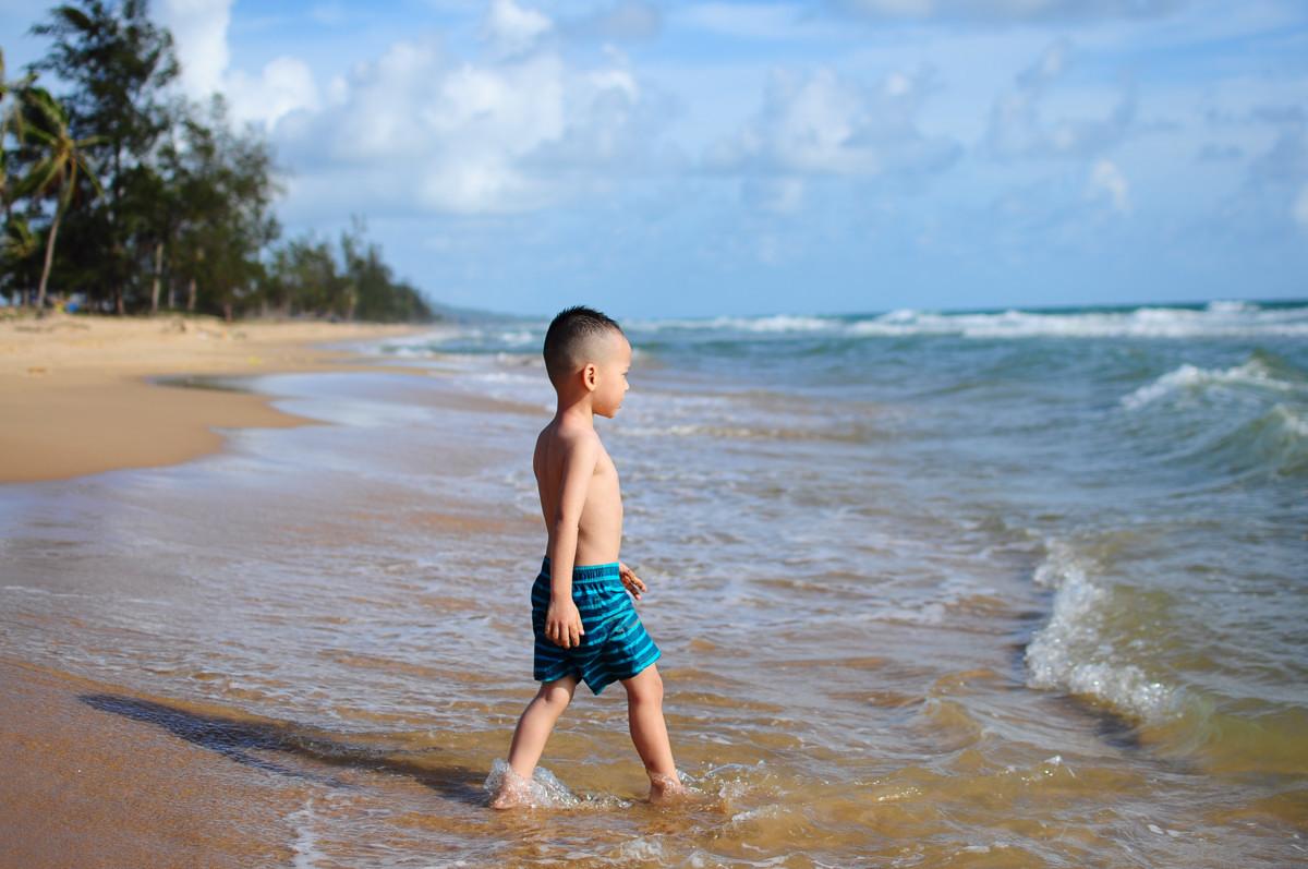Một vài lưu ý giúp trẻ an toàn khi đi biển 1